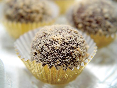 Mocha-Almond Truffles
